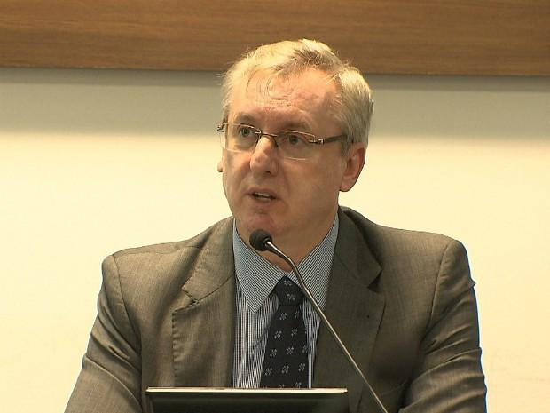 Ministro Celso Pansera diz que continua no cargo e não sai do PMDB (Foto: Reprodução/TV Bahia)