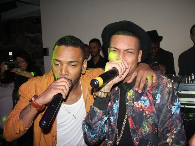 Nego do Borel e MC Duduzinho cantam em festa na Tijuca, Zona Norte do Rio (Foto: Rogerio Fidalgo/ Ag. News)