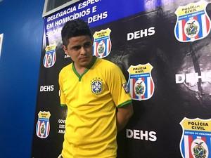 Leonan Farias foi preso em Manaus suspeito de homicídio (Foto: Luis Henrique Oliveira/G1 AM)