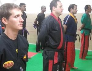 Lutadores treinam em academia de Resende (Foto: Thiago Pascoal/Arquivo pessoal)