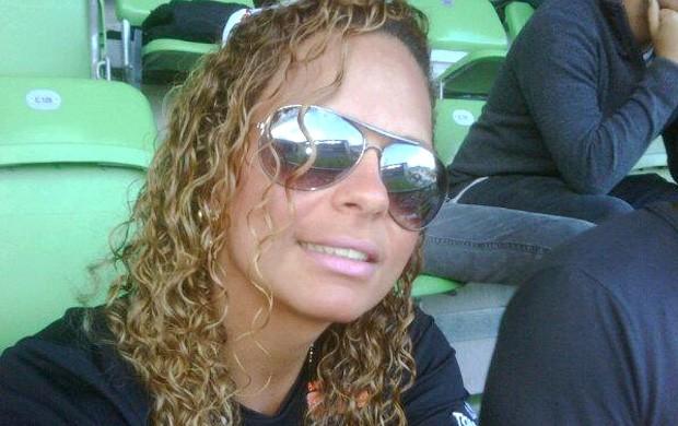 Ronaldinho Ga�cho mulher  Boleirama (Foto: Reprodu��o / Facebook Oficial)