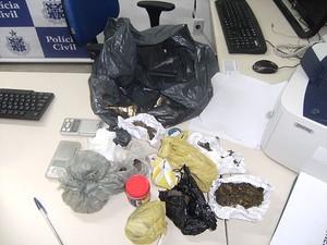 Droga apreendida em operação policial na Bahia (Foto: Polícia Civil/ Divulgação)