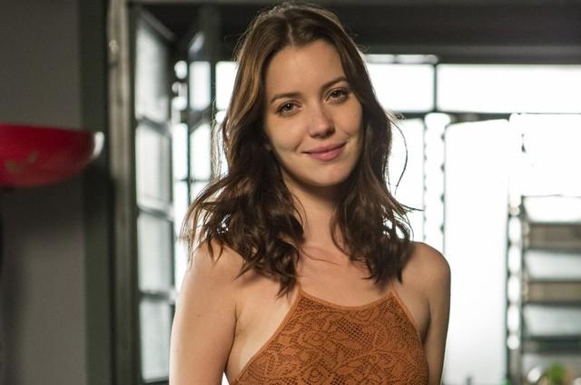 Nathalia Dill é Júlia em 'Rock story' (Foto: TV Globo)