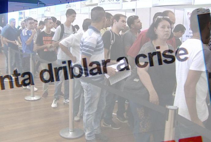 Programa do dia 12/09 vai falar sobre as diferentes vertentes do tema 'Crise' (Foto: Reprodução / TV TEM)