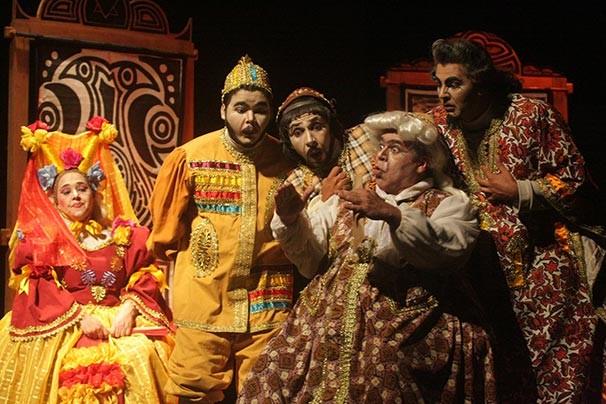"""""""O Inspetor Geral"""" é uma montagem em linguagem de cordel do Teatro Popular de Ilhéus (Foto: José Nazal)"""