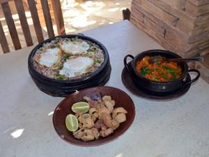 Comida típica mineira atrai turistas (Foto: Tiago Campos / G1)