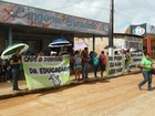 Professores de Vitória paralisam aulas pedindo reajuste salarial, no AP