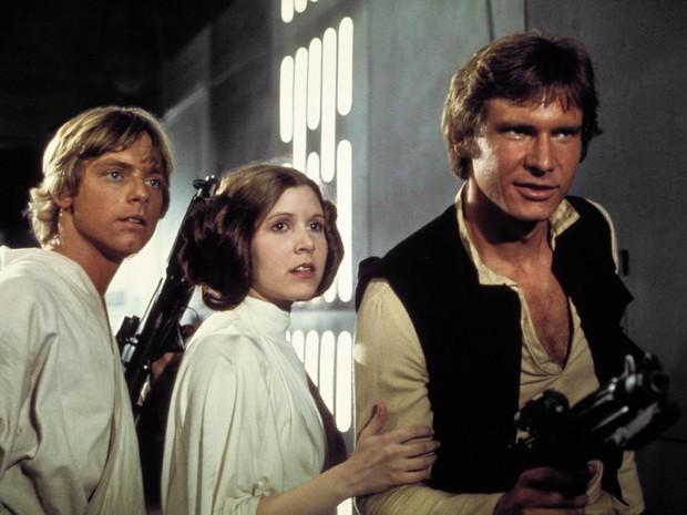 Mark Hammil, Carrie Fisher e Harrson Ford em 'Star Wars - Uma Nova Esperança' (1977). (Foto: Divulgação/Lucas Film)