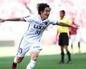 Kanazaki marca, Kashima vence Urawa em Saitama (de novo) e assume liderança