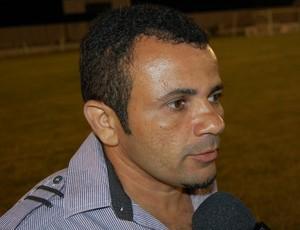 Josivaldo Alves, técnico do CSP (Foto: Silas Batista / GloboEsporte.com/pb)