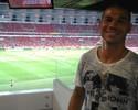 De volta aos treinos com o grupo, Nilton vê vitória do Inter no Beira-Rio