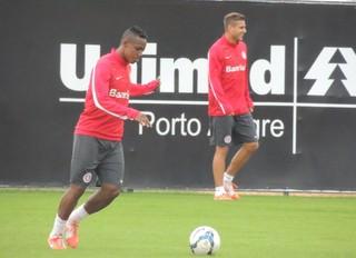 wellington inter treino (Foto: Eduardo Deconto/GloboEsporte.com)