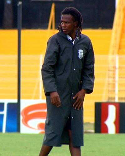 Roque Júnior técnico XV de Piracicaba (Foto: Edvaldo Souza / EPTV)