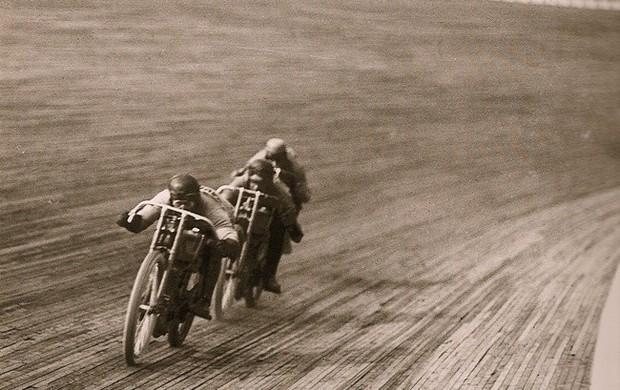 BLOG: MM Memória - Os motódromos: história de velocidade, fama e morte - Parte 1 - Artigo de Morrillu para motorpasionmoto.com...