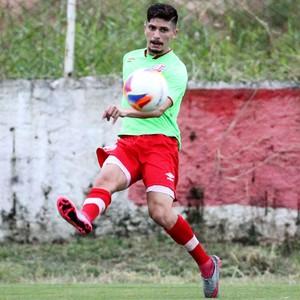 Lucas Farias Náutico (Foto: Aldo Carneiro / Pernambuco Press)