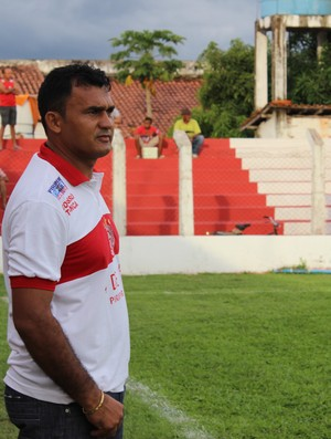 Paolo Rossi, treinador do 4 de Julho (Foto: Josiel Martins)