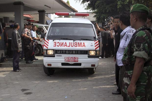 Grupo invadiu presídio na Indonésia e mata 4 detentos (Foto: Slamet Riyadi/AP)
