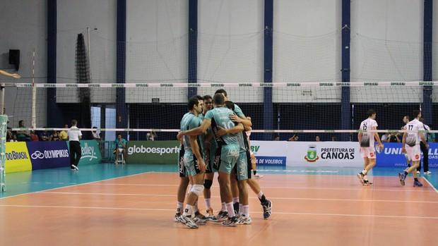 Campinas perde para Canoas na Superliga Masculina de Vôlei (Foto: Divulgação / Medley)