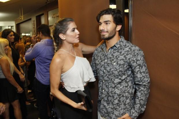 Deborah Secco e Hugo Moura (Foto: Marcos Ferreira/Brazil News)