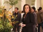 Elizabeth Savala comenta o segredo de Tina: 'Um dia, tudo volta'