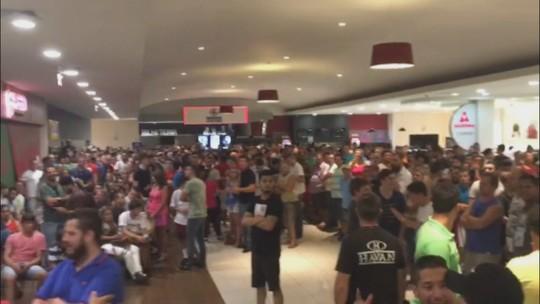 Torcida do Brusque faz fila e esgota ingressos para o jogo com Corinthians
