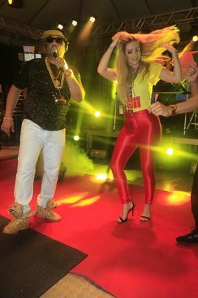 Aline e Neto LX (Foto:  Fred Pontes/ Divulgacao)