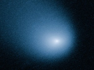 Imagem da Nasa mostra cometa Siding Spring capturada por câmera do Telescópio Espacial Hubble  (Foto: AP Photo/ESA/J.-Y. Li)