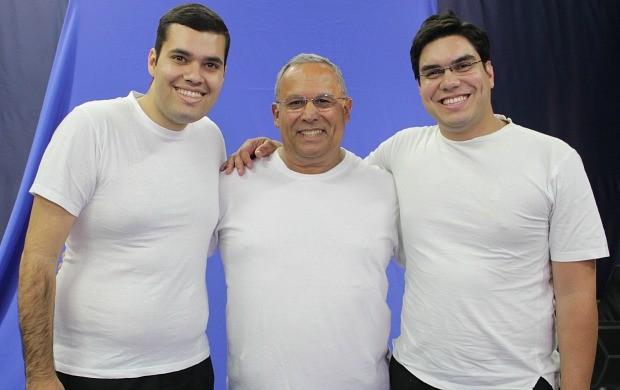 Gulherme Fragas, Eduardo Monteiro de Paula e Clayton Pascarelli aceitaram o 'Desafio do Peso' (Foto: Katiúscia Monteiro/Rede Amazônica)