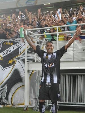 Fabinho Alves - atacante do ABC (Foto: Jocaff Souza)