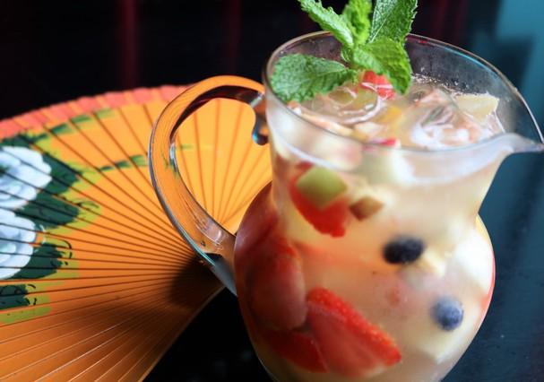 Sangría Tropical: um drink com espumante (Foto: Reprodução/Instagram)