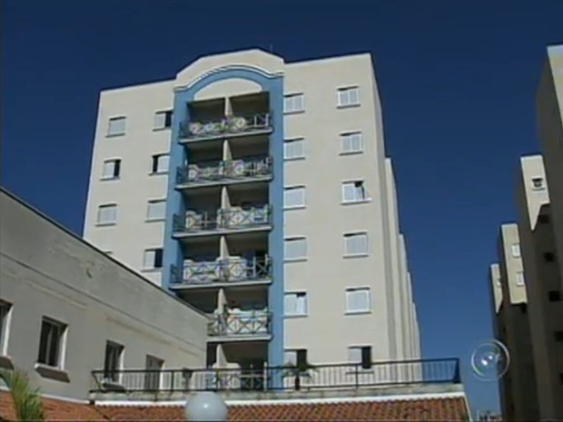Moradores do condomínio estão com problemas de regularização de documentos (Foto: Reprodução/TV Tem)