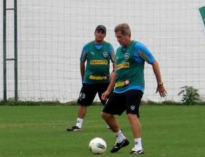 Oswaldo de oliveira botafogo pelada comisão técnica (Foto: Thales Soares / Globoesporte.com)