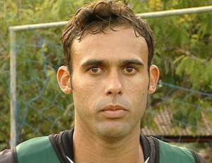 Marcelo, zagueiro do Rio Branco-ES (Foto: Reprodução/TV Gazeta)