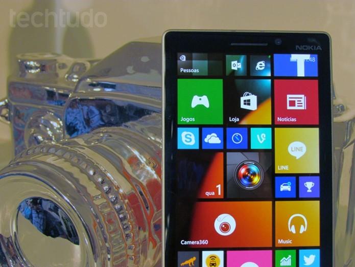 Lumia 730 pode ser personalizado e protegido com capas à venda no Brasil (Foto: Paulo Alves/TechTudo)