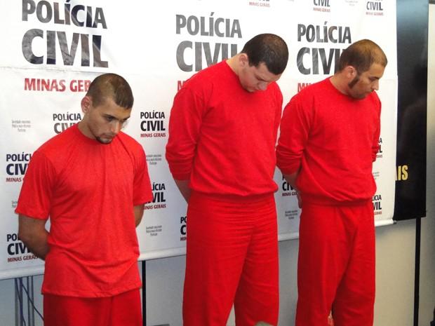 Suspeitos foram apresentados nesta terça-feira (Foto: Sara Antunes / G1 MG)
