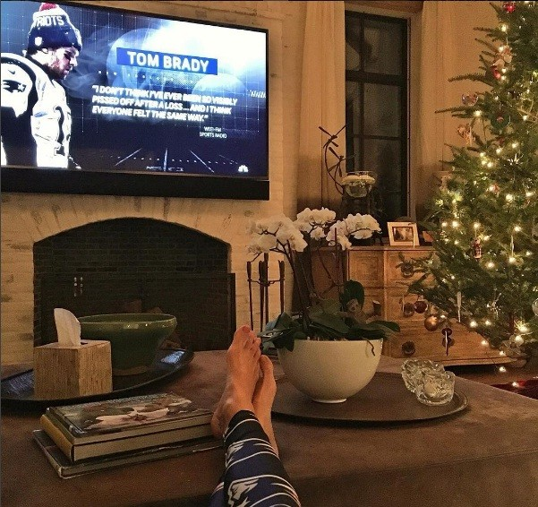 Gosta do estilo clássico da sala de estar da nossa musa Gisele Bündchen? (Foto: Reprodução/Instagram)