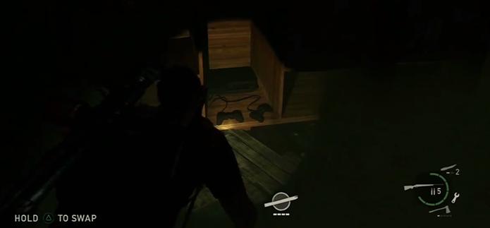 Playstations estão espalhados pelos cenários (Foto: Reprodução/Youtube)