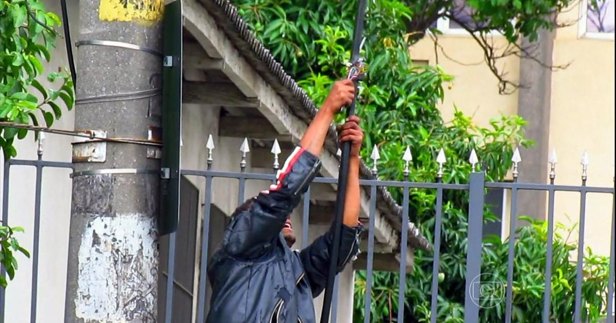 Resultado de imagem para imagem de ladrão furtando fio cobre