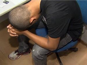 Menor foi ouvido e liberado na DIG em Ribeirão Preto (Foto: Cláudio Oliveira/EPTV)