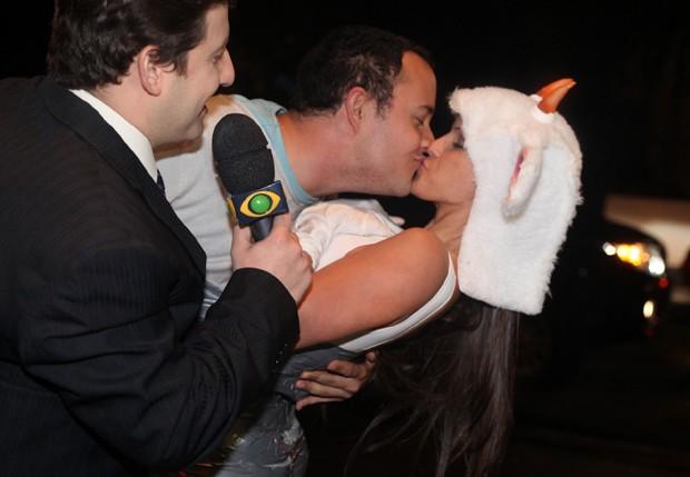 Gui Santana e Carol Dias (Foto: Leo Franco/AgNews)