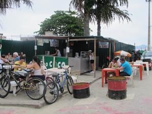 Comércio funciona todos os dias da semana (Foto: Anna Gabriela Ribeiro/G1)
