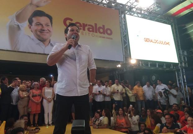 O candidato do PSB à Prefeitura do Recife, Geraldo Julio, lidera as pesquisas (Foto: Reprodução/WhatsApp)