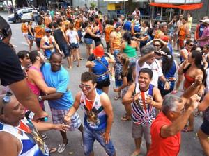 Integrantes da União da Ilha comemoram o resultado do carnaval (Foto: Divulgação/ Prefeitura de Paranaguá)