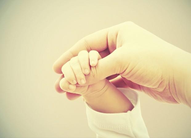 Mãe e bebê - vínculo desde a gravidez (Foto: Thinkstock)