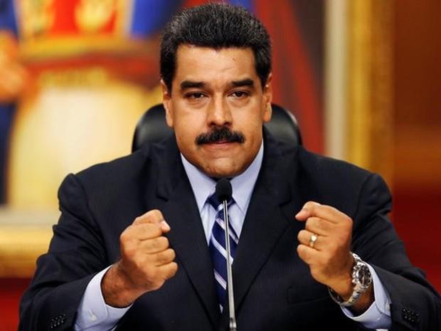 Presidente da Venezuela, Nicolás Maduro, deu entrevista coletivo no Palácio Miraflores, em Caracas, na terça-feira (17) (Foto: Carlos Garcia Rawlins/Reuters)
