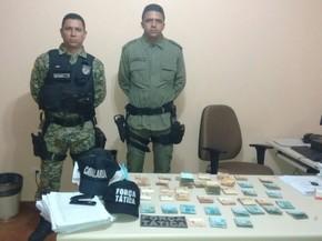Dinheiro apreendido pela Polícia com o prefeito e secretários (Foto: Divulgação/ Polícia Militar)