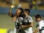 Petardo de João Paulo vence enquete do gol mais bonito do Coxa em 2015