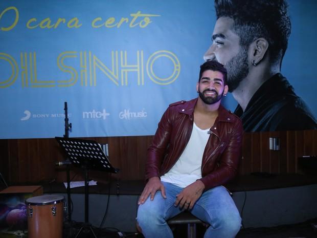 Dilsinho em evento na Zona Oeste do Rio (Foto: Roberto Filho/ Brazil News)