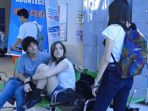 u não perdoa e provoca ex-namorado e ex-amiga (Foto: Malhação / TV Globo)