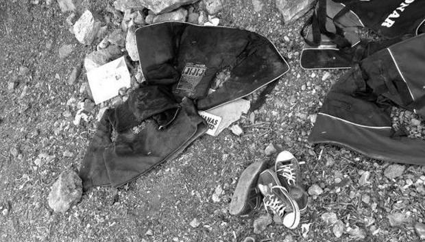 Coletes salva-vidas usados pelos refugiados que conseguiram chegar a Lesbos (Foto: BBC/Stella Chiarelli)